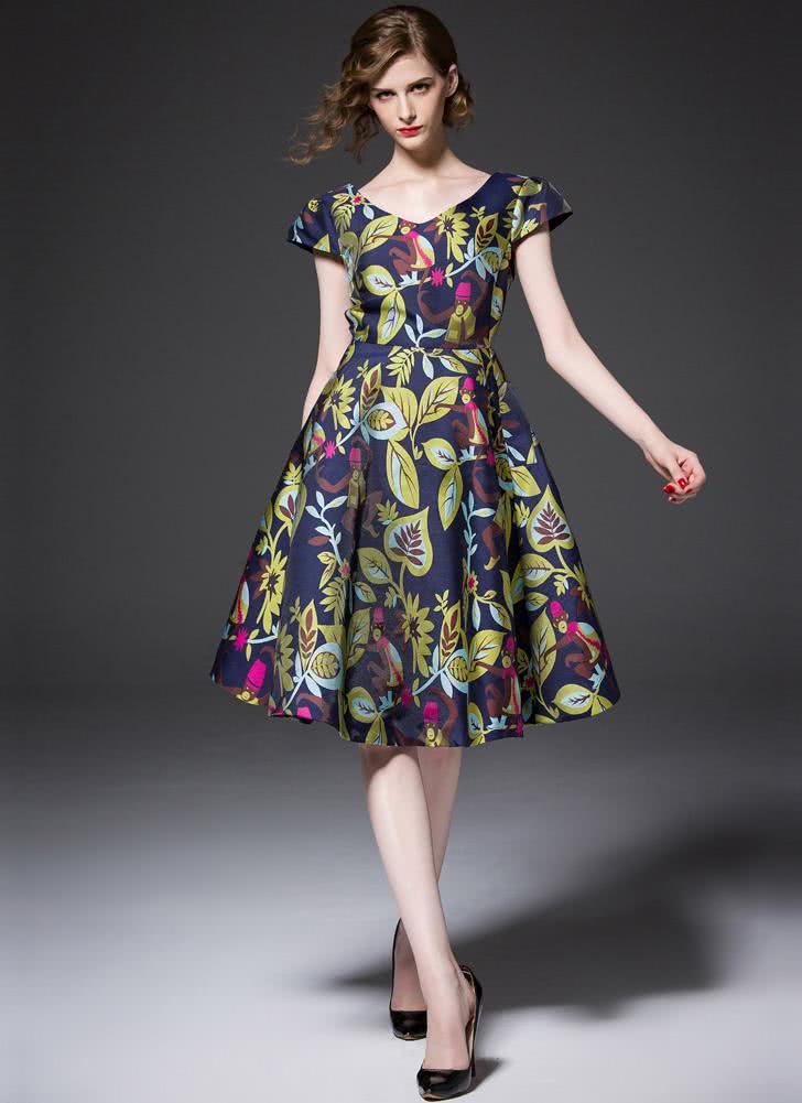 http://www.chicuu.com/midi-maxi-dresses/p_161671.html